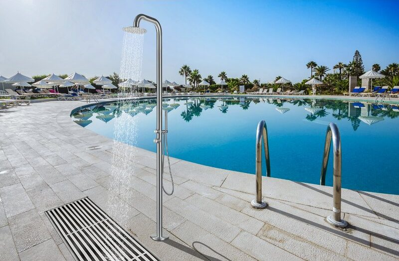 Outdoor Shower Feature - Pool Feature